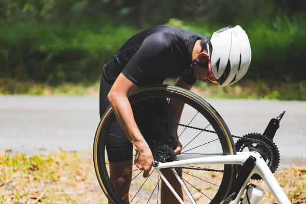 長距離を走るロードバイクだからこそ、メンテナンスは必須